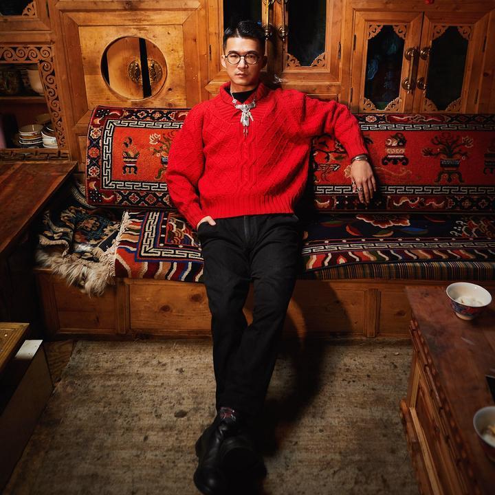 潘华尔姿手工毛衣